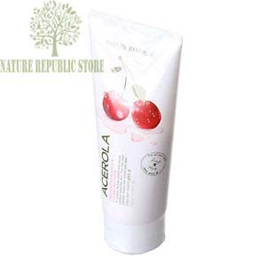 Sữa Rửa Mặt Nature Republic Fresh Herb Acerola Cleansing Foam