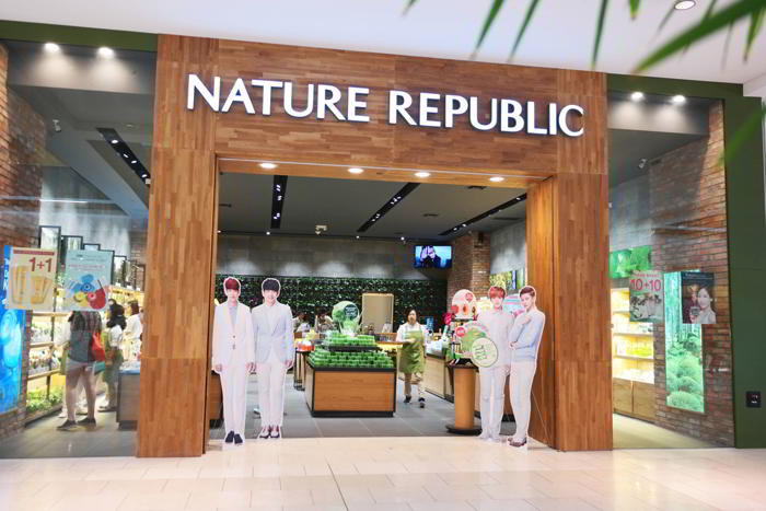 Showroom Nature Republic TPHCM