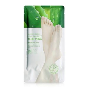 mat-na-chan-real-squeeze-aloe-vera-peeling-foot-mask-1