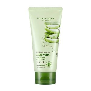 kem-tay-trang-soothing-moisture-aloe-vera-cleansing-gel-cream-1