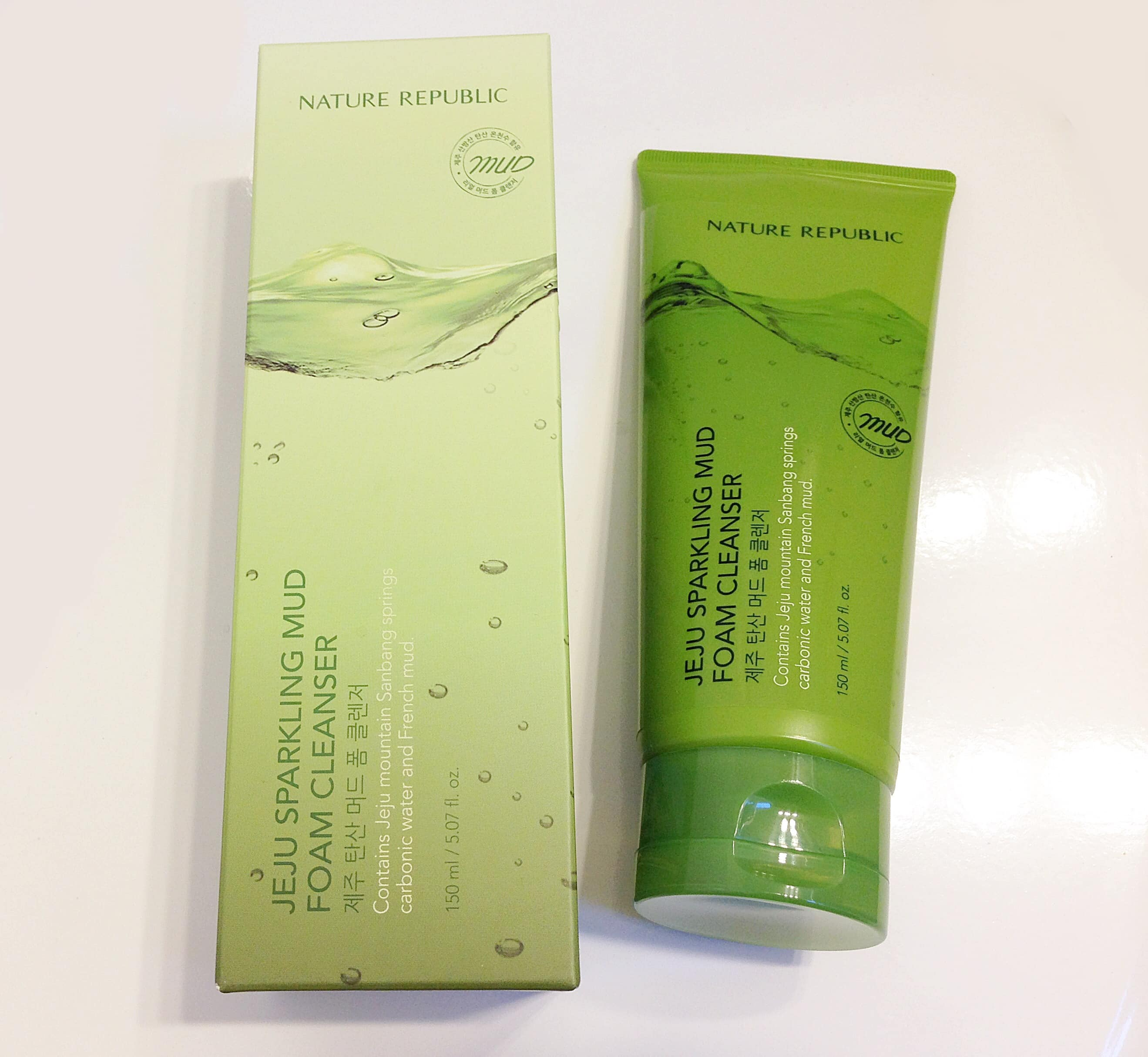 Sữa rửa mặt Nature Republic korea Jeju Sparkling Mud Foam Cleanser